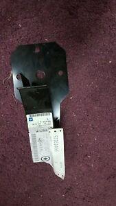 GENUINE NEW TRAFIC / VIVARO 01 - 13 LEFT LOWER RADIATOR SUPPORT BRACKET 93161466