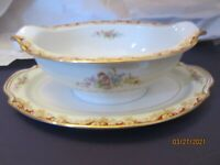 Noritake China - Gold Trim Floral -- Gravy/Sauce Boat with Underplate