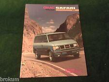 MINT 1991 GMC SAFARI VAN TRUCK SALES BROCHURE ORIGINAL NEW W/ COLOR CHART(325)