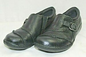"""CLARKS WOMENS CASUAL SLIP-ON 1.5"""" HEEL SHOES SIZE 6.5 MEDIUM LEATHER UPPER BLACK"""