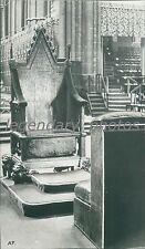 1937 Close-Up of Coronation Chair Original News Service Photo