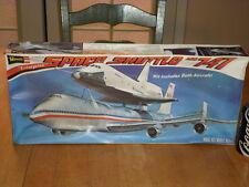 Space Shuttle Orbiter Enterprise & Boeing Jet 747,Plastic Model Kit,Scale:1/144
