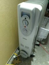 Cuori standing home electric heater plug in