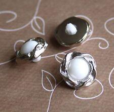 Pack of 30 – Resin Shank Button, Flower Shape buttons, small wedding buttons