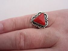 925 Sterling Silver Ring With Trillion Cut Coral UK O 1/2, US 7.50 (rg2774)