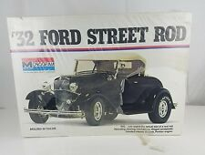 Monogram Original 1932 Ford Roadster Big Deuce 1/8 Scale Kit 32 Hot Rat Rod NEW