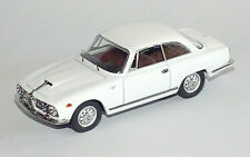 Alfa Romeo 2600 Sprint Street 62 Bianco AnticoWhite 7255 1/43 Bang Made in Italy