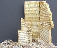 "Dioramas Plus 1/35 ""Cornered!"" Ruined Brick Wall Corner Section (no Base) DP9"