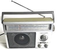 Radio Shack Realistic 12-625 Portable AM/FM Radio Receiver Tested Great Sound