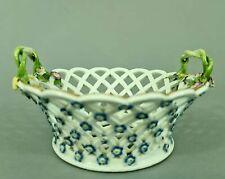 Barocker Meissen Dessertkorb, durchbrochen, aufgelegte Vergissmeinnichtblüten