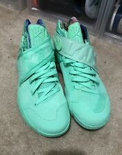 """Nike Kyrie 2 """"What The"""" Green Glow Size 9.5"""
