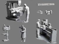 1/72 Resin Russian Workshop 3 Workers W/Scene & Tools Unbuild Unpainted WK058