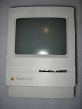 Apple Macintosh Classic II Computer M4150 220V AC VTG  Works See Description