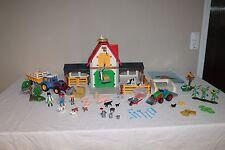 PLAYMOBIL  4490  - Großer  Bauernhof + Blauer Traktor + Zubehör
