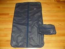 VANDERBILT HANGING CLOTHES CARRIER & MATCHING COSMETIC CASE