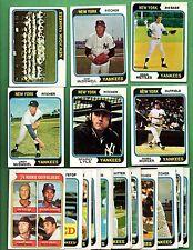1974 Topps Baseball NEW YORK YANKEES Near Team Set Lot