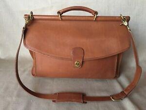 Womans Coach 100% Leather Vintage Briefcase Fantastic!