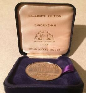 SANDRINGHAM SILVER CASED TOWER MINT MEDALLION