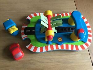 Alex rub-a-dub car wash children's fun bath toy rrp £34.95
