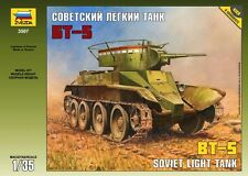 ZVEZDA 3507 BT-5 SOVIET LIGHT TANK WWII SCALE MODEL KIT 1/35 NEW