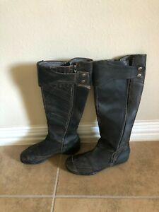DKNY Alcantor Brown Leather Moto Boots Size 7.5 Side Zip and Button