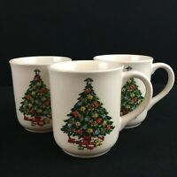 Set of 3 VTG Mugs by Mount Clemens Pottery Christmas Tree Holiday Green
