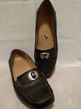 Naturalizer Black Loafers Leather Size 7 M Classics w/ Unique Silver Black Decor