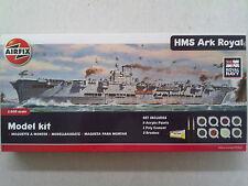 Airfix 050070 HMS Ark Royal mit Farben, Pinsel & Kleber 1:600 Neu in offener OVP