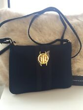 NUOVO Tommy Hilfiger Navy Satin Crossbody Borsa Con Logo Oro TH