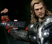 2011 10 inch thor  Chris Hemsworth Hemsworth Based Hot Toy Collectable