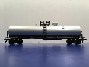 "HO Scale ""Intermatic"" Single Dome Tanker Freight Train 1/2"