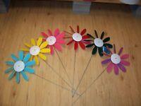 Classic spinning  daisy, pinwheel  wind spinner, garden spinner qty 12