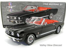 ERTL AMERICAN MUSCLE AUTHENTICS 1:18 1965 FORD MUSTANG GT CONVERTIBLE - BLACK