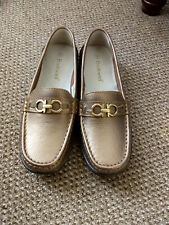 ladies gold loafer size 5
