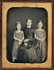 1840s MOTHER AND DAUGHTERS SAME DRESS FABRIC RED CORAL NECKLACES DAGUERREOTYPE