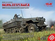 Sd.kfz.251/1 Ausf.a, WWII German Armoured Personnel Carrier 1:35 Model Kit ICM