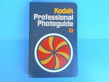 KODAK PROFESSIONAL PHOTOGUIDE FIRST EDITION 1975 EXCELLENT CONDITION           m