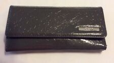 KENNETH COLE REACTION   Women's Gray  Embossed Trifold Clutch Wallet EUC
