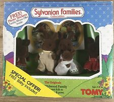 1985 Tomy Sylvanian Families Wildwood Family Rabbit Special NIB Offer Package