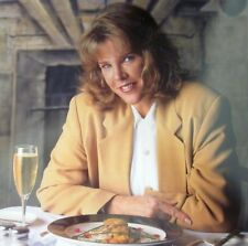 ROXANNE PULITZER author clipping Foxy Roxy color photo 1990s drinking wine TV