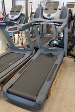 PRECOR 835 Laufband Treadmill mit P30 Konsole Cardio Training Fitness Studio Gym
