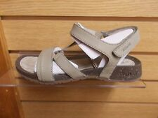 TEVA WOMEN'S CABRILLO CROSSOVER  LEATHER SANDAL TAUPE NEW