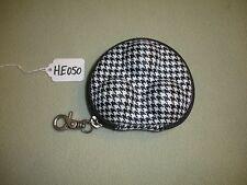 3 Ball Hard Plastic Zippered Golf Ball Holder HE050