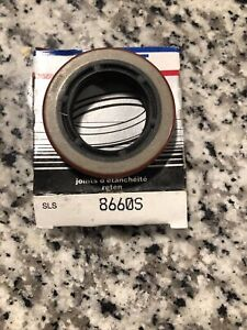Wheel Seal Rear National 8660S New In Carquest Box ! Fast , Free Shipping !
