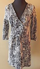 HD in Paris Black White Textured Faux Wrap Anthropologie V-Neck Dress size S DS7