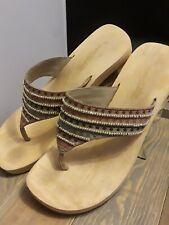 Skechers Somethin Else Women's  Brown Fancy Beaded Thong Sandals Size 8