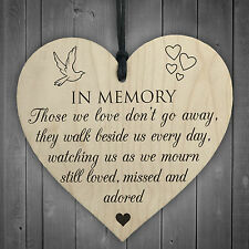 In Memory Of Those We Love Wooden Hanging Heart Memorial Plaque Heaven Sign Gift