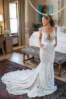 White/Ivory V Neck Mermaid Wedding Dresses Bridal Gowns Pockets Lace Sleeveless