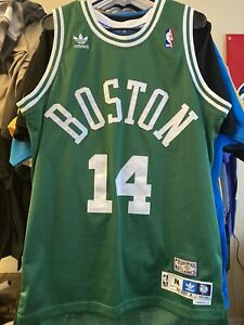 Vintage 1962-63 Authentic Bob Cousy Celtics  road jersey Size Medium Adidas