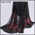 foulard écharpe mousseline de soie noire fleurs rouges